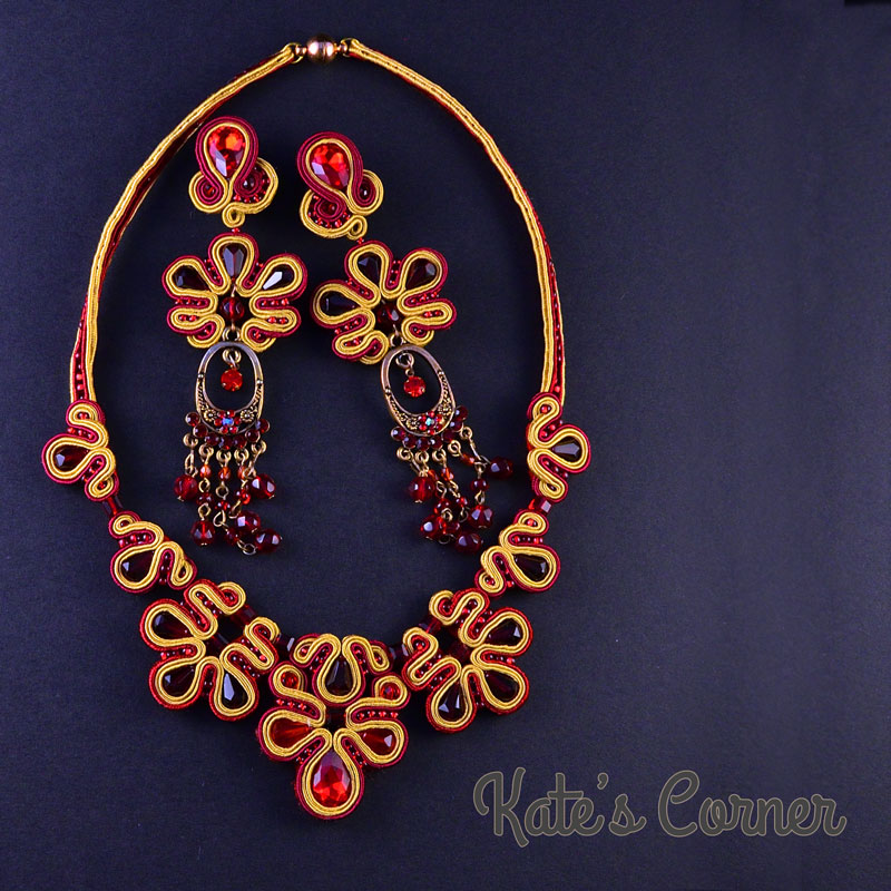 Gold-red jewellery set