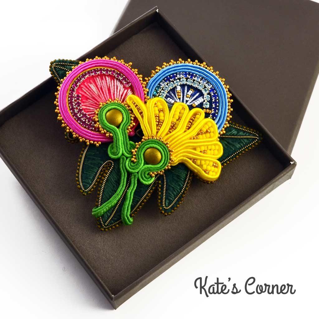 Dandelions brooch