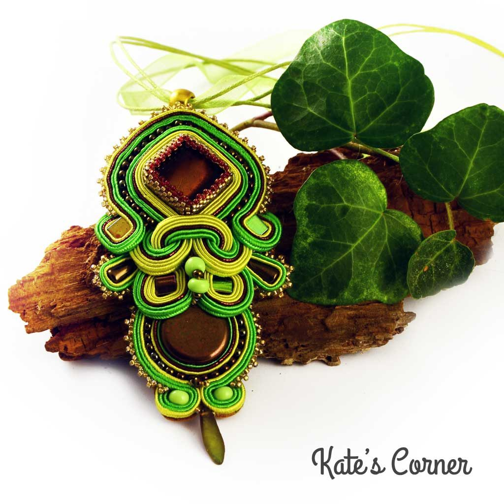 Green soutache pendant