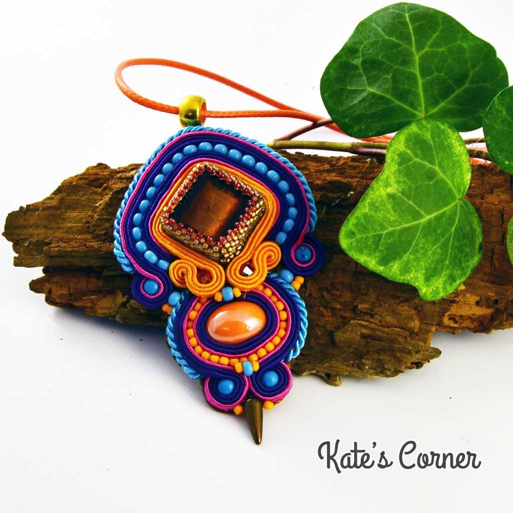 Orange-blue pendant
